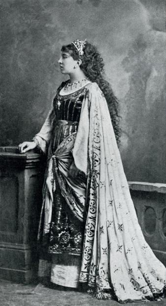 Marthe Duvivier (Salomé) lors de la création à Bruxelles.jpg