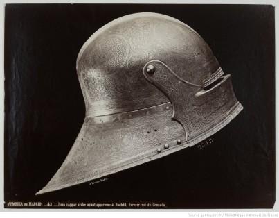 102. Casque arabe ayant appartenu à Boabdil, Armeria de Madrid;