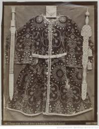 97. Tunique et épée de Boabdil (au marquis de Villaseca);